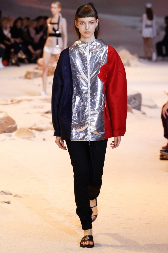 moncler-gamme-rouge-ready-to-wear-ss-2017-pfw-16