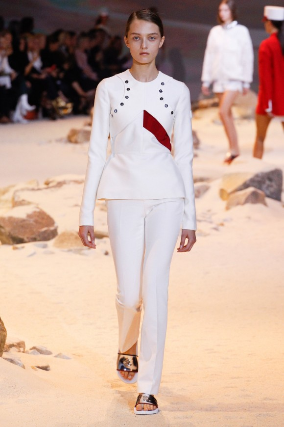 moncler-gamme-rouge-ready-to-wear-ss-2017-pfw-26