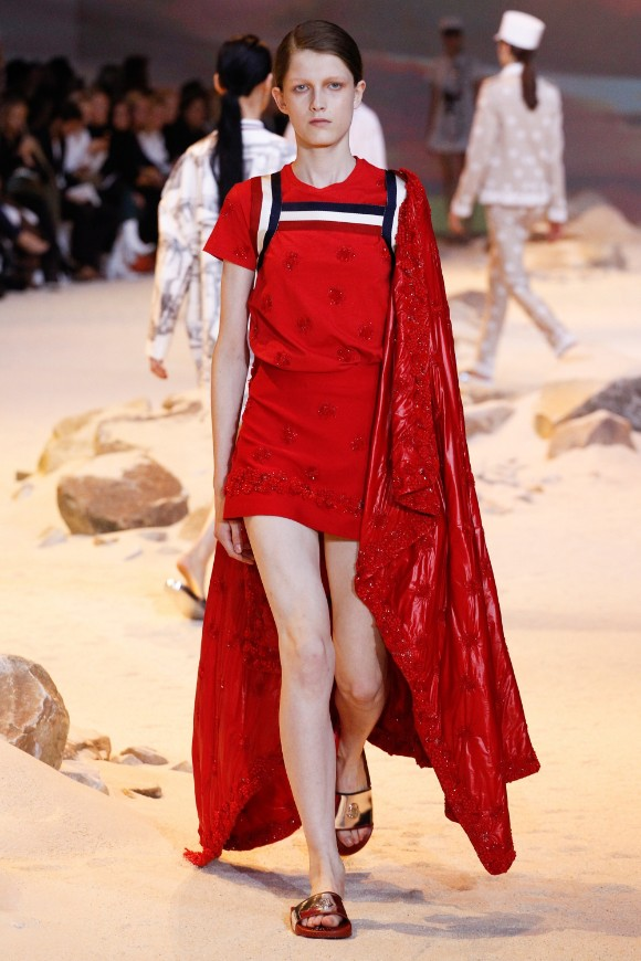moncler-gamme-rouge-ready-to-wear-ss-2017-pfw-36