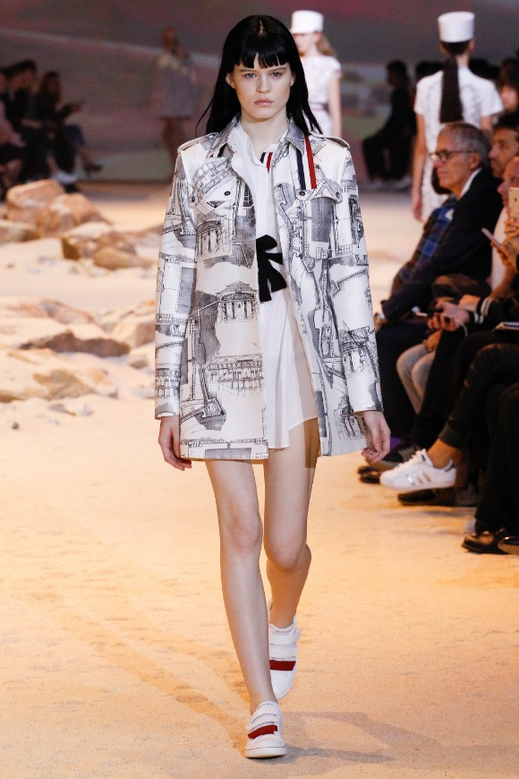 moncler-gamme-rouge-ready-to-wear-ss-2017-pfw-40