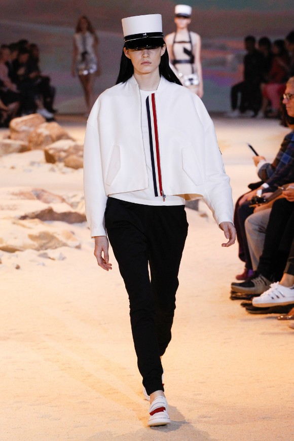 moncler-gamme-rouge-ready-to-wear-ss-2017-pfw-6