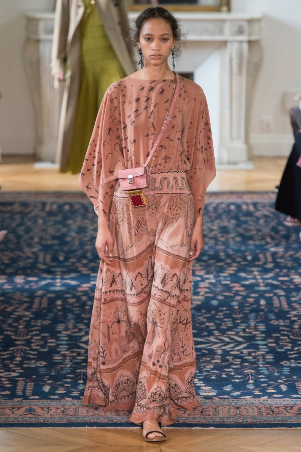 valentino-ready-to-wear-ss-2017-pfw-20