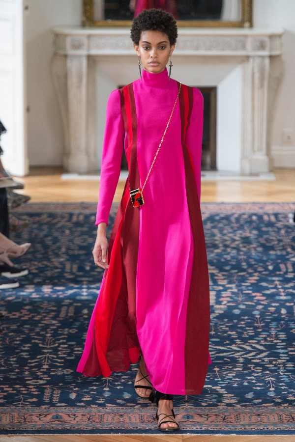 valentino-ready-to-wear-ss-2017-pfw-43