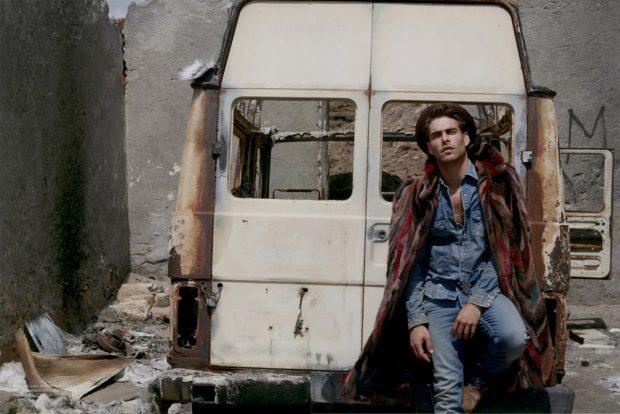 jon-kortajarena-fashion-for-men-milan-vukmirovic-09-620x414